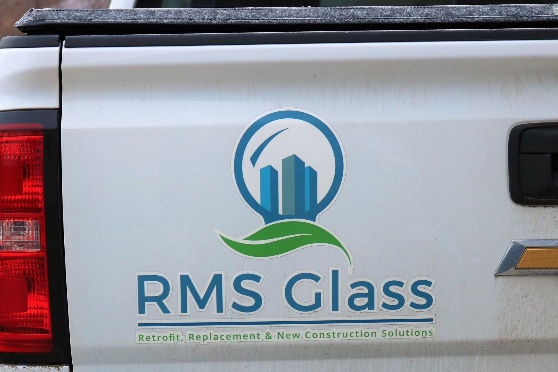 RMS Glass: Retrofit, Replacement & New Construction Glass Solutions