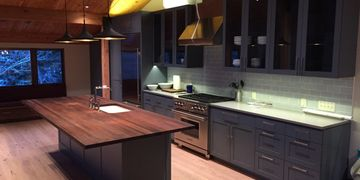 ​ There are many possibilities and different needs that customers want in their custom kitchen. Benc