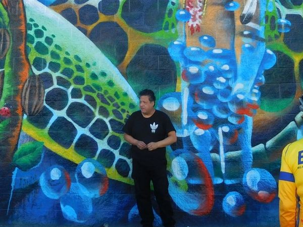 graffiti art tours , Los Angeles artist speaks on local murals