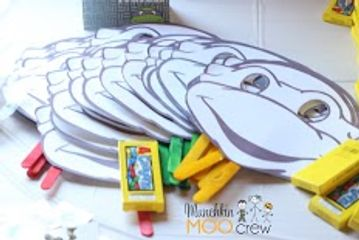 Always a hit at kids parties!  Small photo props the kids can color.  Crayons included!