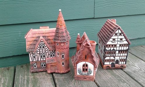 Lithuanian Candle Houses