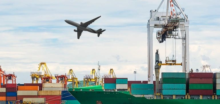 Shippers 'blow up their budgets in 2018, spending on