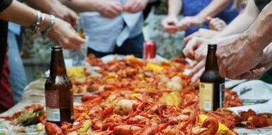 shrimp and crawfish boil in Grafton Illinois seafood fest in jersey county at st Louis off road park