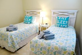The fourth bedroom - twin beds