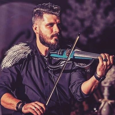 Violin Player from Musicology Entertainment Croatia