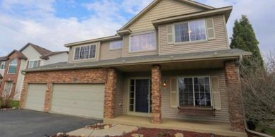 Apple Valley, Eagan, Lakveille, Burnsville, Inver Grove Heights, and Rosemount, rental homes.