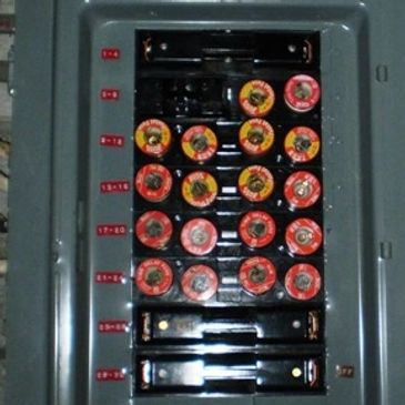 outdated fuse box
