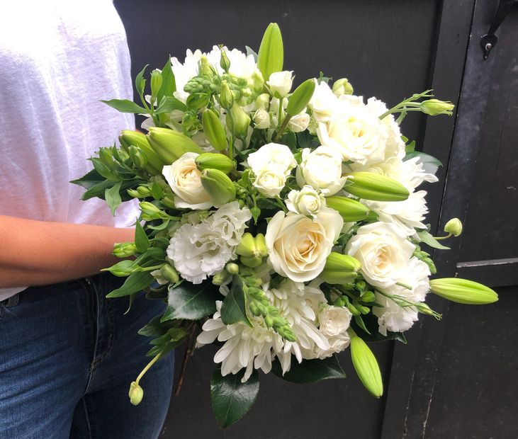 white bouquets, flowers, blooms, white flowers