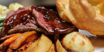 Roast Beef Yorkshire pudding Sunday Lunch Beaumont Arms Kirkheaton