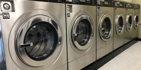 Large capacity washers.  Many washers and dryers to choose from.  No waiting.