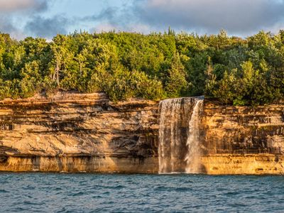 pictured rocks, up michigan, waterfall, photography workshop, photography classes, photo tour