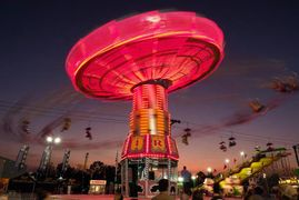 fair ride, night photography, slow shutter, photography class, photography tour, photo workshop