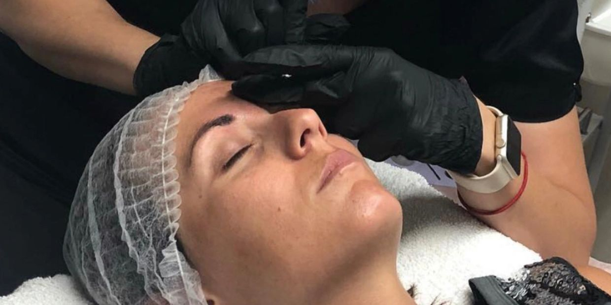 Permanent makeup microblading eyebrows Tampa FL brows eyebrows eyeliner lips permanent