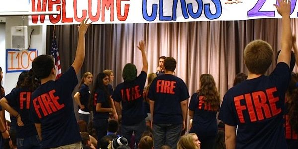 Caption: FIRE Crew leaders at freshman student orientation, links to the FIRE Advisory web page