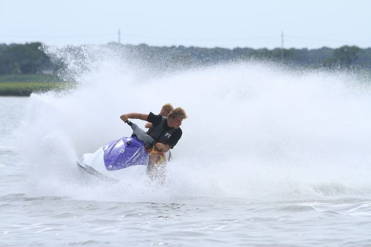 Waverunner jetski rentals wildwood nj cape may stone harbor jersey shore