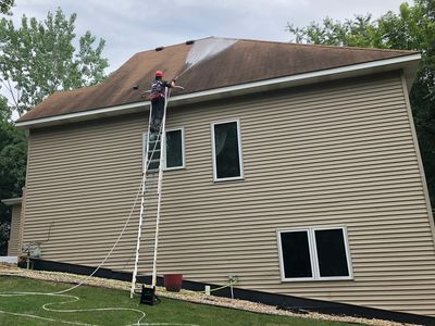 Asphalt Shingle Roof Cleaning, Roof stain removal, low pressure roof cleaning in Minnesota