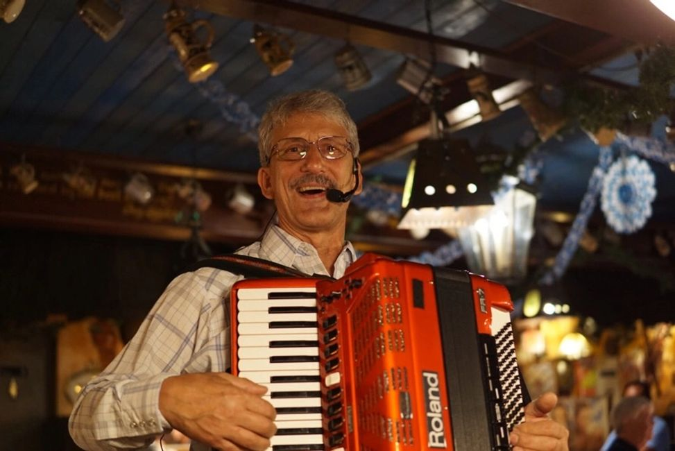 Phoenix Accordion Player