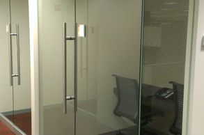 "Heavy glass walls, heavy glass doors, 1/2"" glass, Commercial glass, St. Louis commercial glazing"