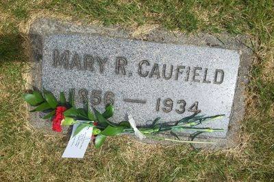Mary R. Caufield headstone at Mountain View Cemetery, Oregon City