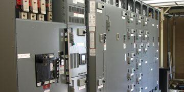 Switch gear, MCC, VFD, Controlls, Motor Controll Center