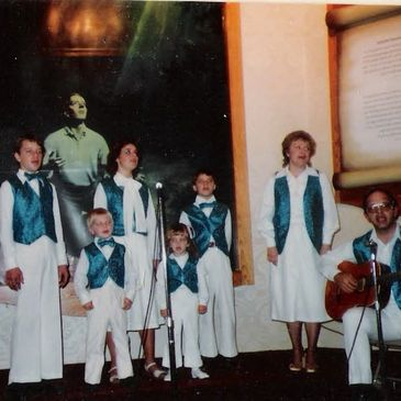 "This is a picture of the ""Jessop Family Singers"""