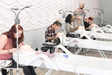 Eyelash Extension Application - Group Training