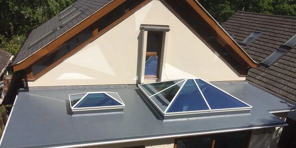 lantern roof, skylights, Flat rooflight, Korniche, Atlas, Stratus from Superior Trade Frames
