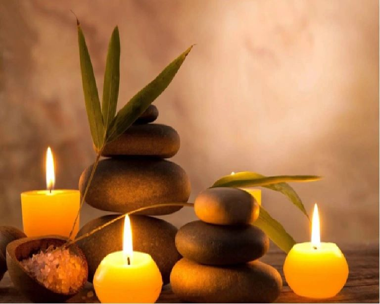 Candle, stones and peace