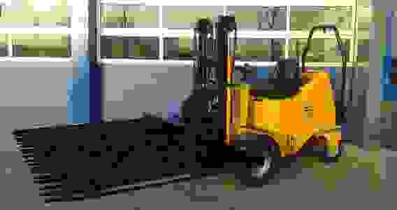 low ground pressure forklift fork truck for pallets or nursery forks