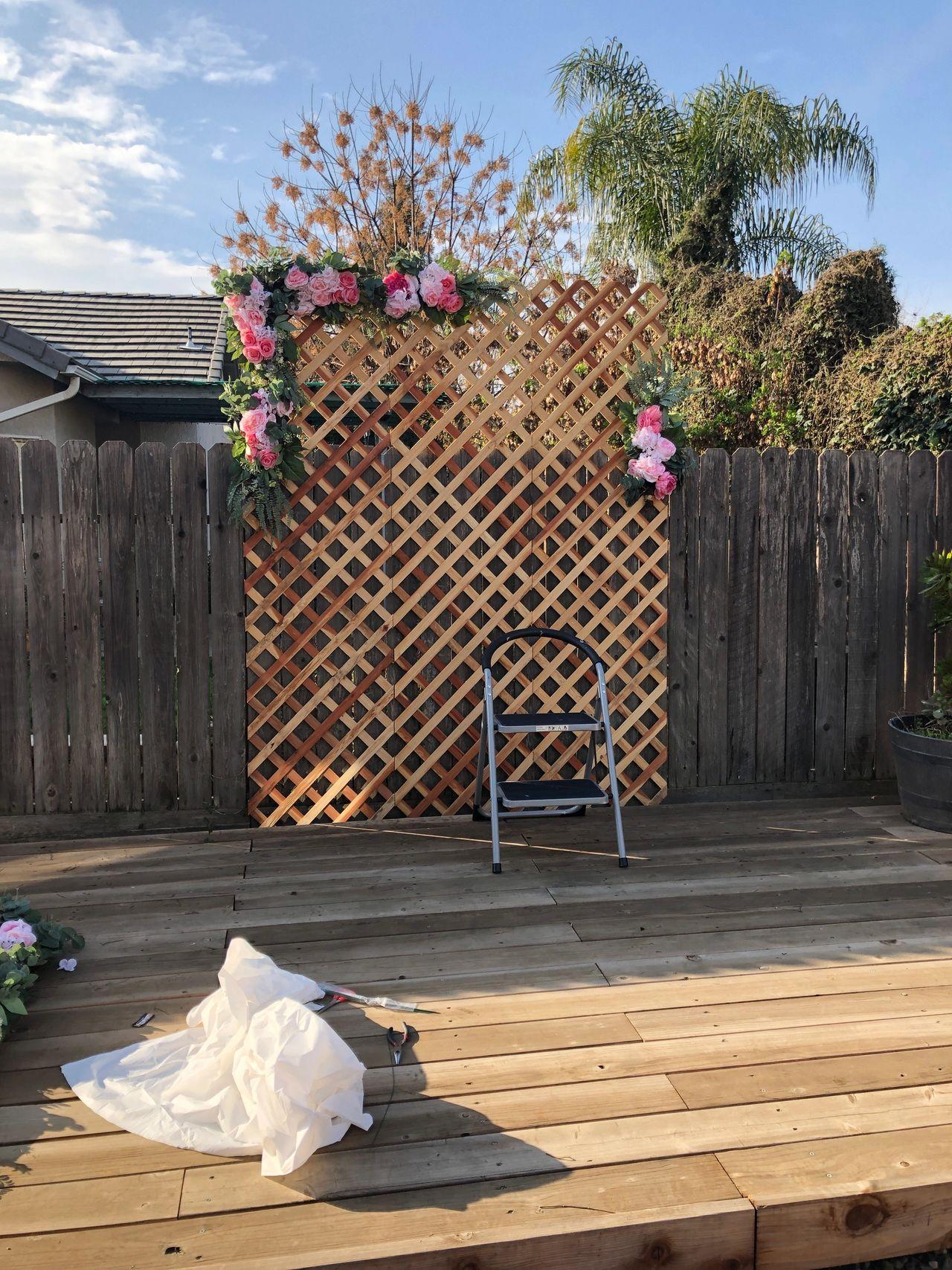 Diy Upcycled Plant Lattice Wall Decor