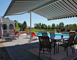 Oasis, Pergola, Maxi, Shades, Specialty Awning, Freestanding Awning, Sunsetter, Sunesta, Sunair