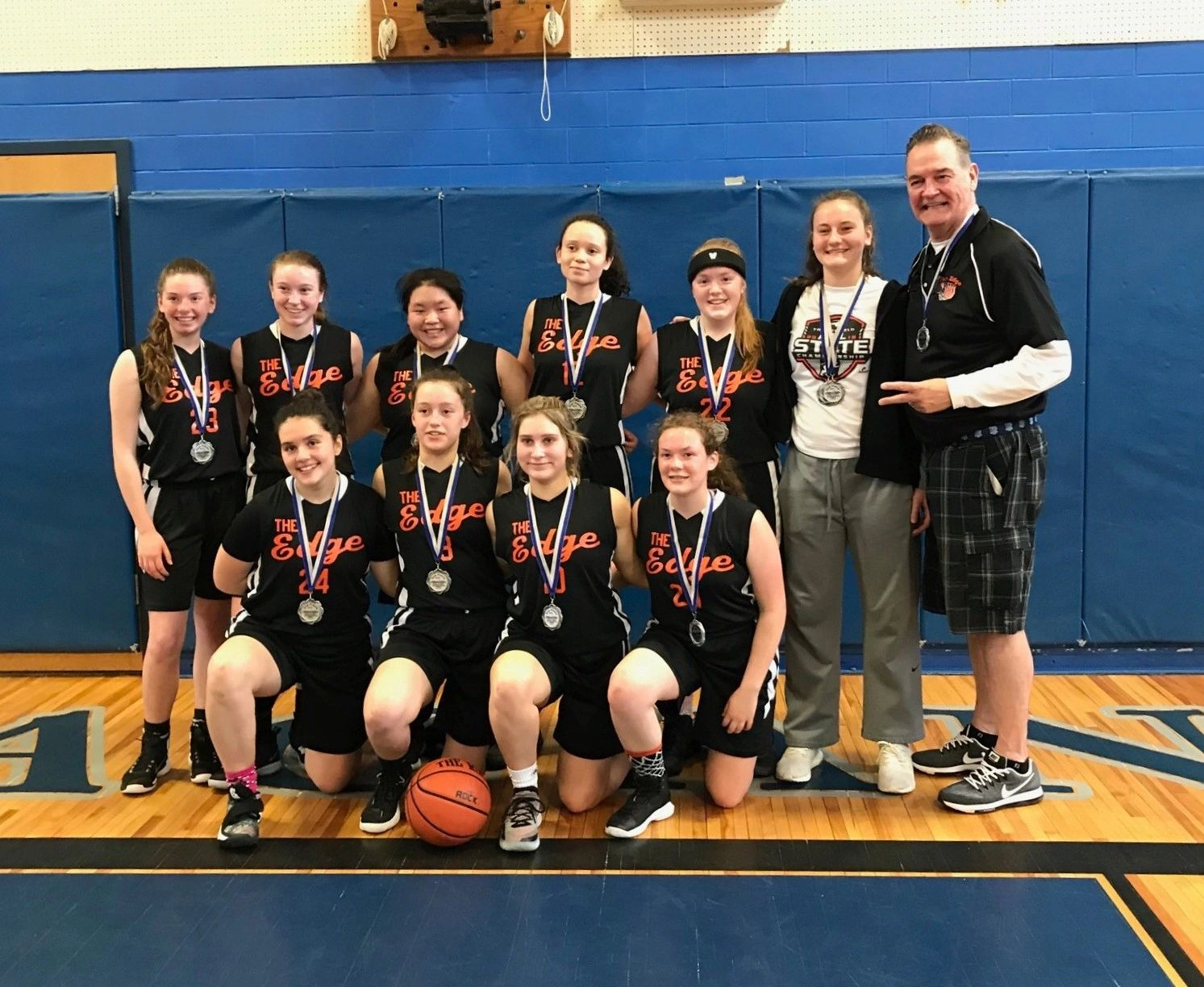 The Edge Girls  win 2nd place in the Crossover Hoops 2 Day Tournament May 4th & 5th, 2019!