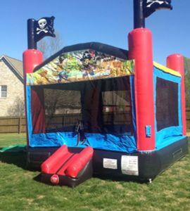 Pirate themed Nashville bounce house rental from www.itstime2bounce.com in Nashville, TN