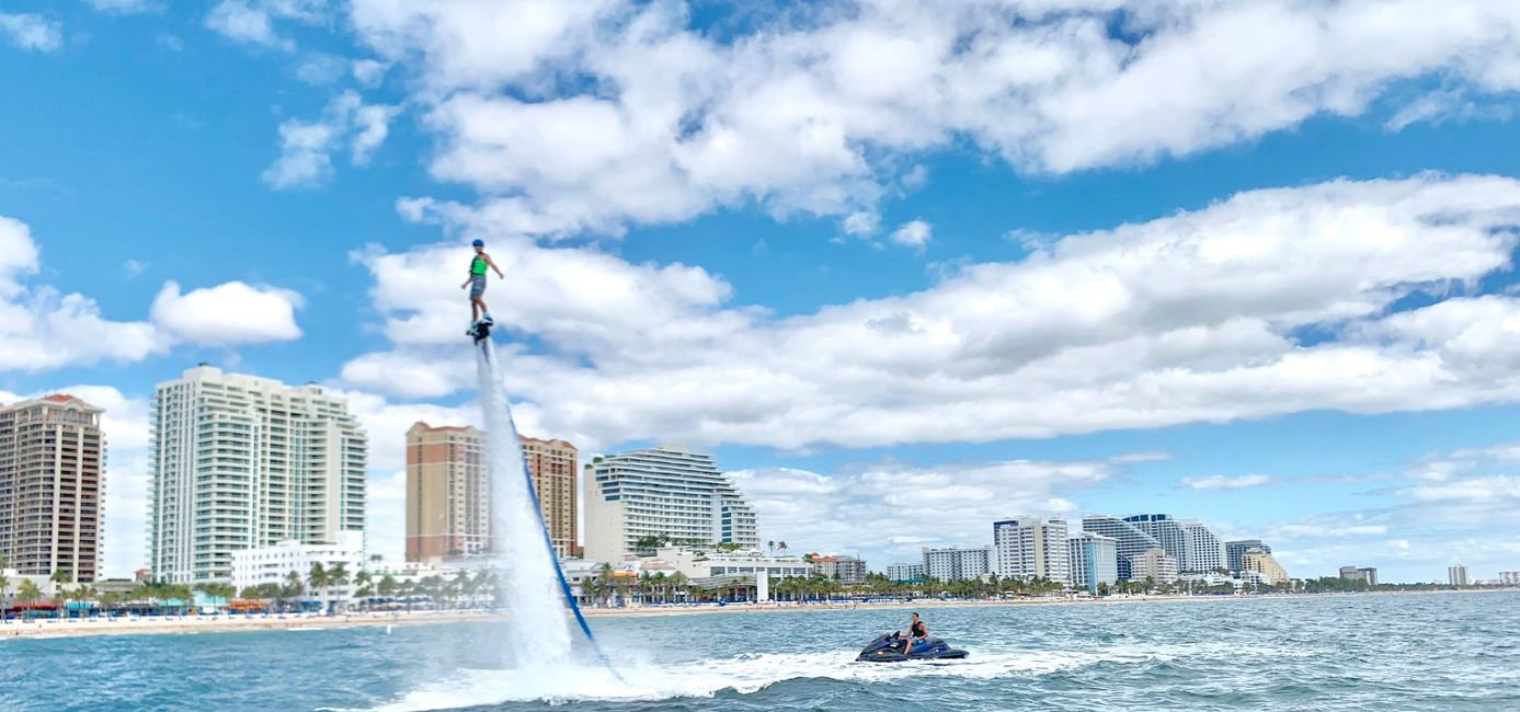 Extreme watersports, Fort Lauderdale. jETSKI RENTALS AND MORE! COME ON THE AQUA FLIGHT yacht. Party with aqua flight watersports. Flyboard Fort Lauderdale with aqua flight water boats and parties