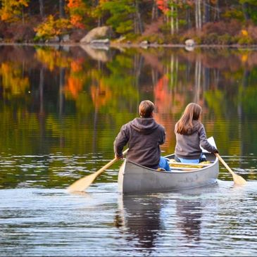 Boating, Canoe, Kayaks, Couples, Romantic, Fall Folliage, Lake Winnipesaukee, Wolfeboro, Love, Peace
