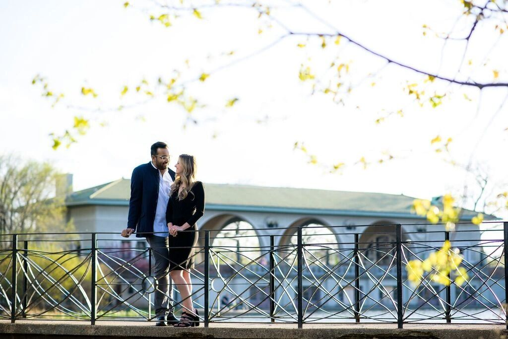 Engagement Photo Locations around the 'Chi'