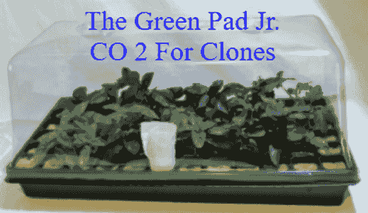 The Green Pad Jr. CO2  Generator for Clone Domes