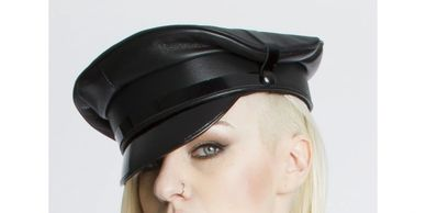 This is the hat I would love to get this year for XXX Miss!
