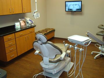 West Knox Dentistry serving Knox, Anderson, Blount, Loudon and Roane County Tennessee.