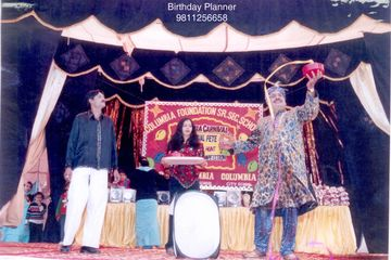 magic show in very popular in kids of delhi ncr so this is high demand in our party set up