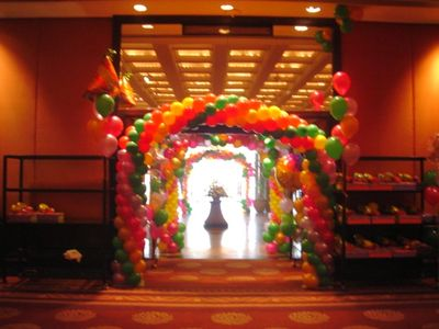 birthday planner balloon gate
