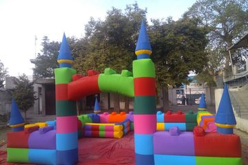 bouncy kids play area in party set ups