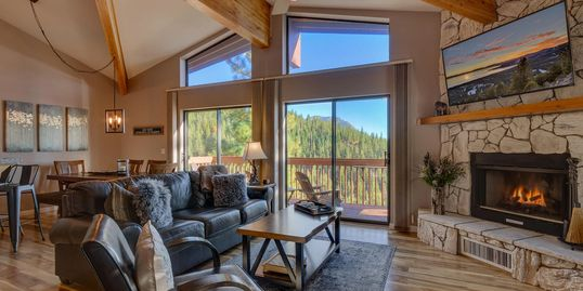 Heavens Lake View Lodge Incline Village, Vacation rental management, vacation rentals lake tahoe