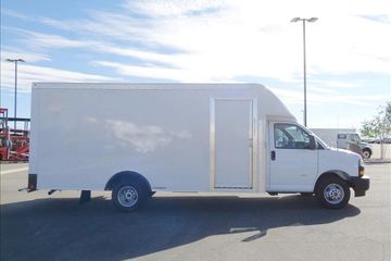 Chevrolet Express Cutaway Parcel Delivery Van for FedEx Delivery Vans