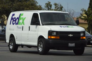 Chevrolet Express Cutaway FedEx Delivery Van