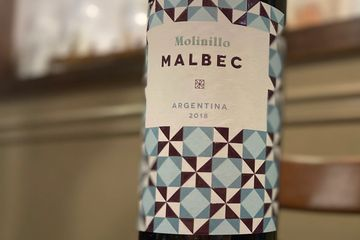 Molinillo Malbec Wine Label