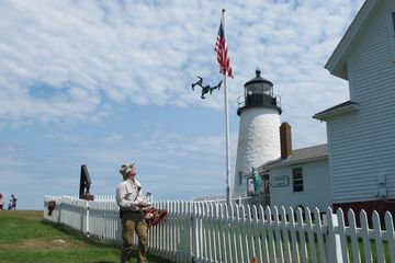 Flying/modeling Pemaquid Point Lighthouse in Maine, USA