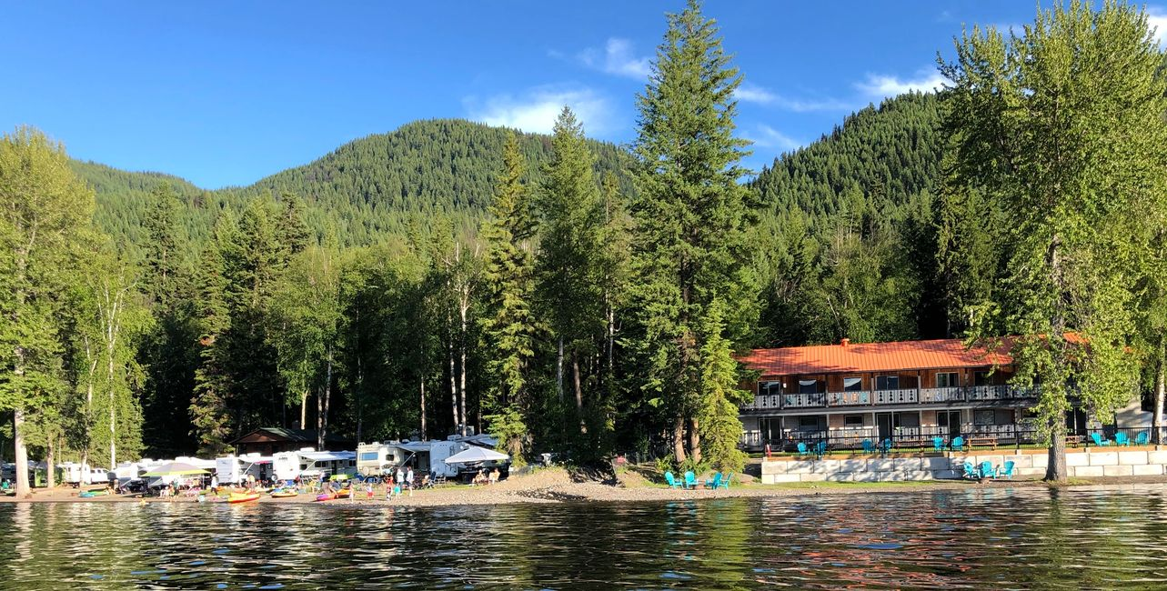 Fall condo and RV specials at South Point Resort on Canim Lake, British Columbia.