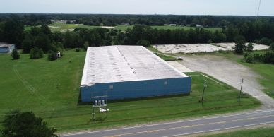 4 door doors,  11 acres completely fenced. Hwy 401 less 1/8 mile I-74 - 4 miles Lease based on term