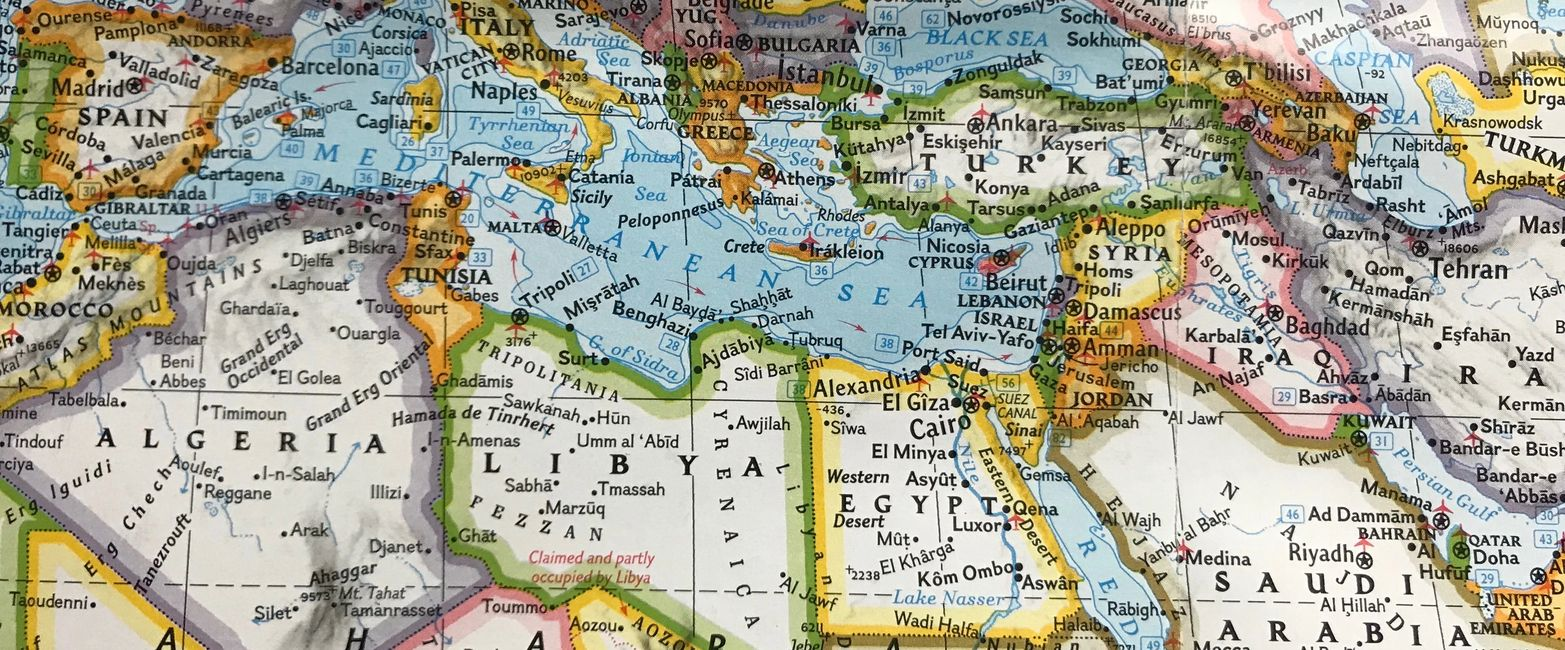 Henna's origins and expansion in the Mediterranean Basin.